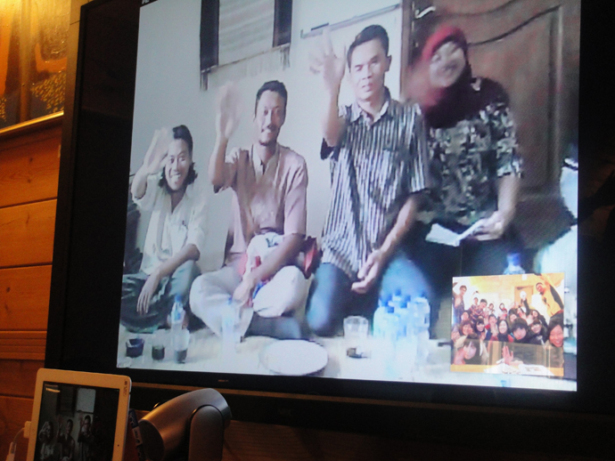 インドネシアとのTV会議