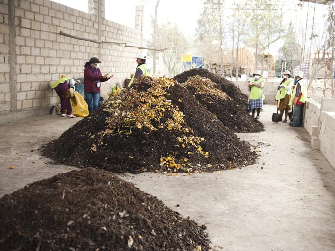 タリハ市初のコンポスト場。集められた生ゴミはここでリサイクルされる。