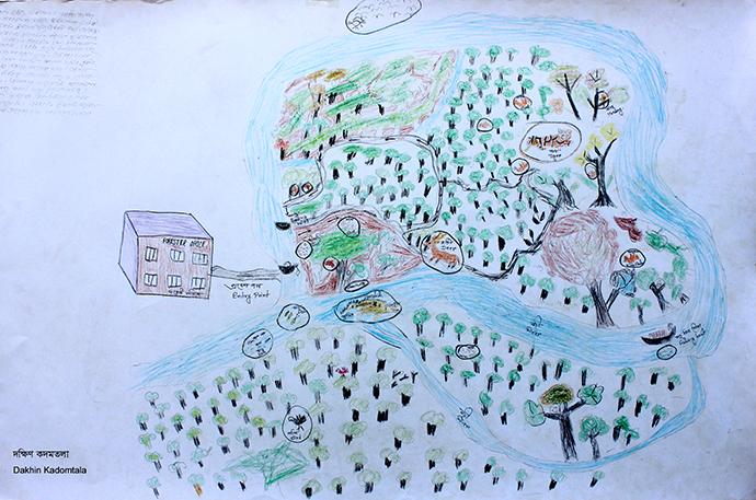 Kultoli Government小学校の4、5年生3名の生徒の住むDakkin Kadamtola村から 船で15分程に位置するツーリストスポット周辺の様子を描きました。矢印は、自然観察コースを示します。